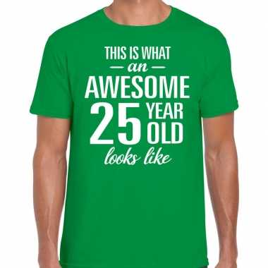 Awesome year / jaar cadeau t shirt groen heren