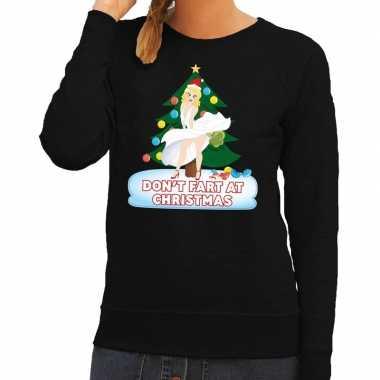 Foute kersttrui zwart dont fart at christmas heren shirt