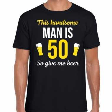 Verjaardag cadeau t shirt jaar this handsome man is give beer zwart heren