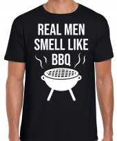Real men smell like bbq barbecue cadeau t-shirt zwart heren