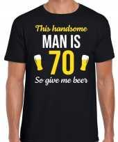 Verjaardag cadeau t-shirt jaar this handsome man is give beer zwart heren 10275252